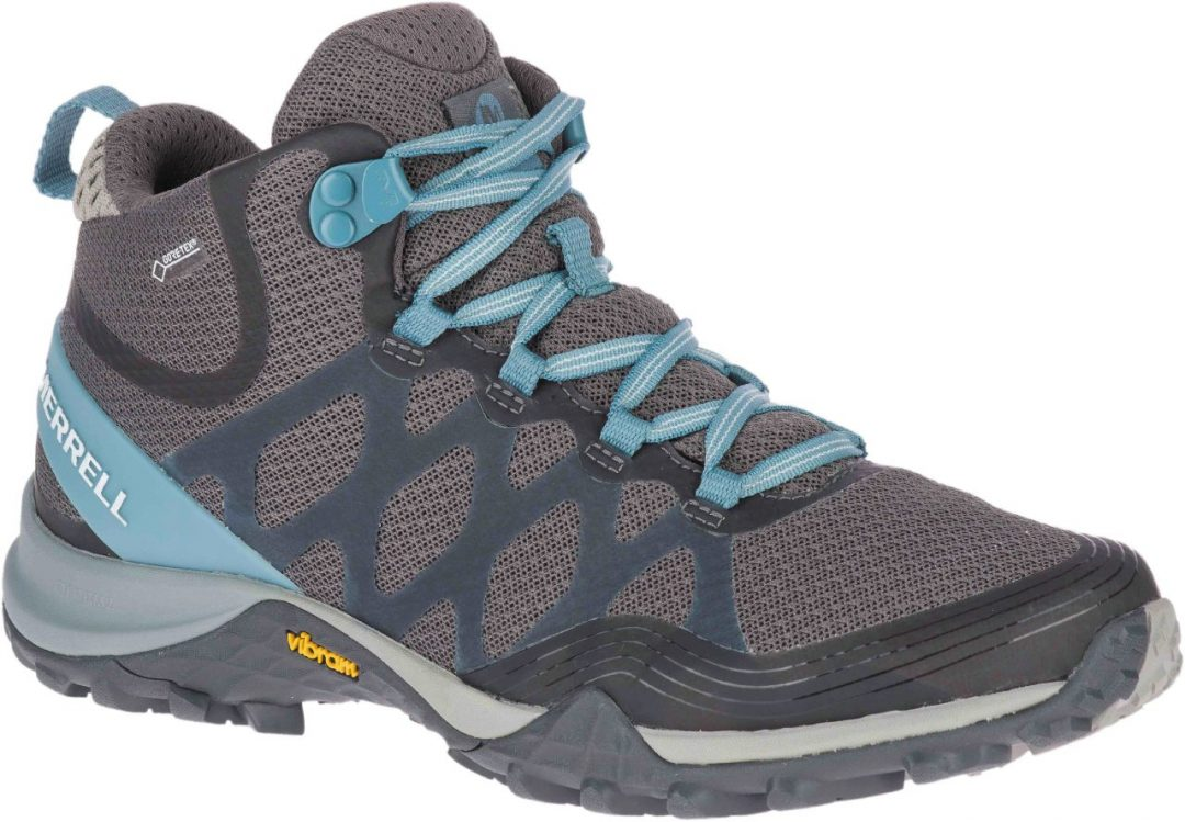 Scarpe per trekking, cammini e passeggiate: come sceglierle, quali comprare. La guida all'acquisto