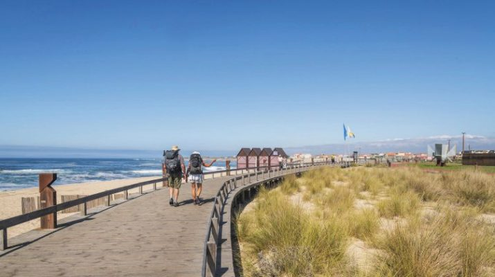 Foto Portogallo, in cammino guardando il mare