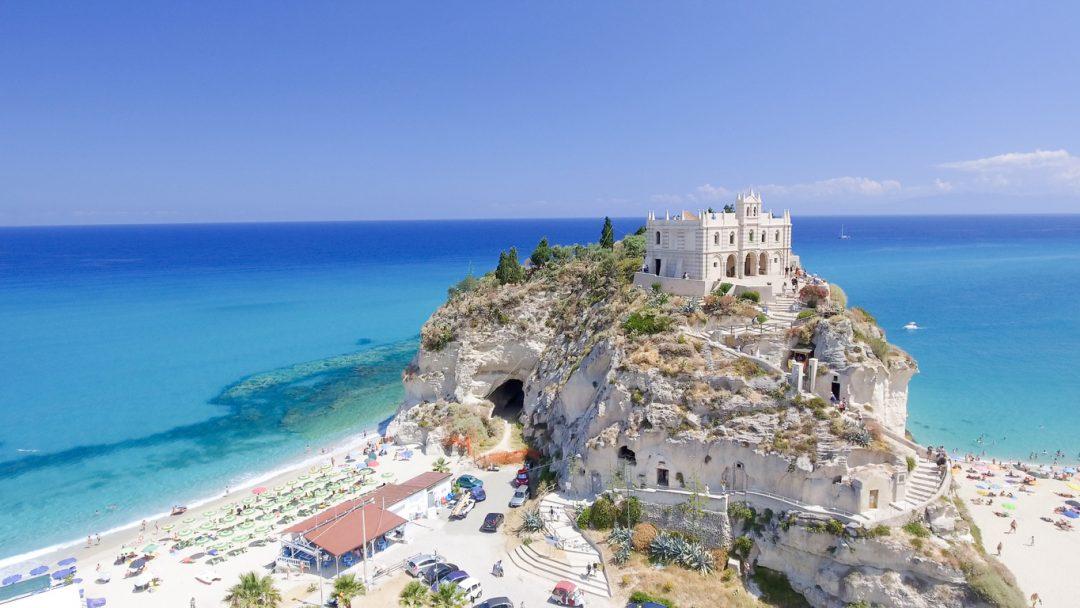 La spiaggia di Tropea tra le Bandiere Blu 2020