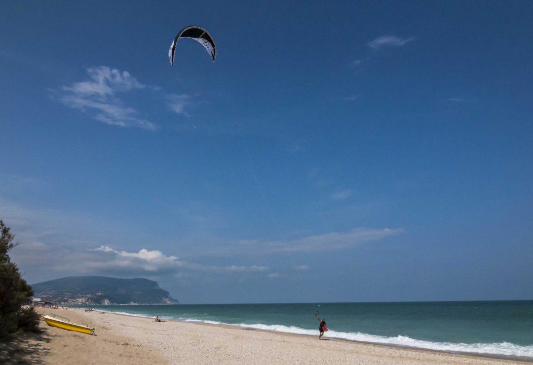 Le spiagge più belle delle Marche, da Gabicce al Conero, da Grottammare alla Riviera delle Palme