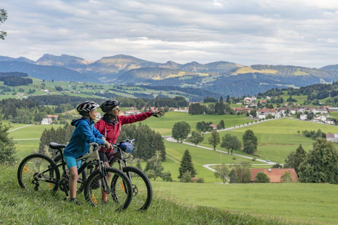 Accessori bici: dai caschi ai gadget smart, i migliori da comprare