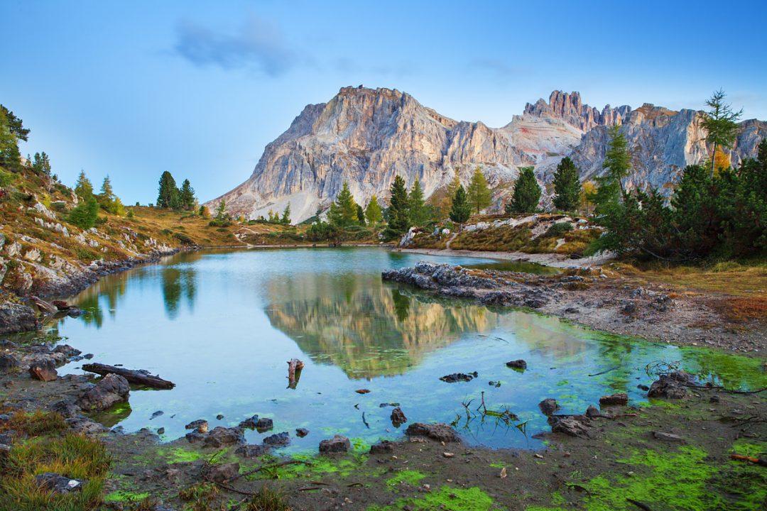 I più bei laghi delle Dolomiti da vedere in una vacanza in montagna