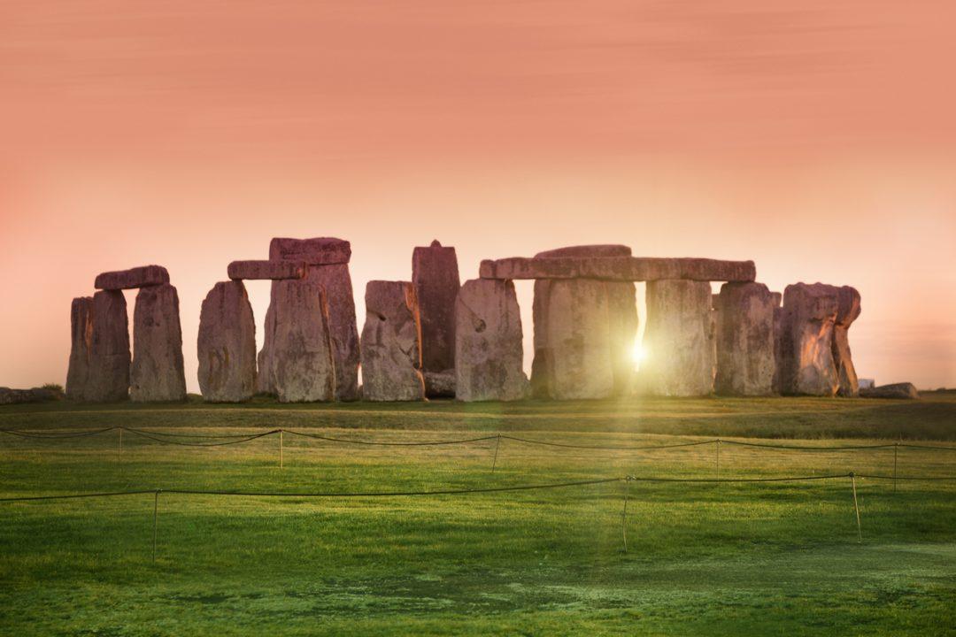 Il 20 giugno è il solstizio d'estate 2020, il giorno più lungo dell'anno. Ecco come si festeggia a Stonhenge e nel mondo