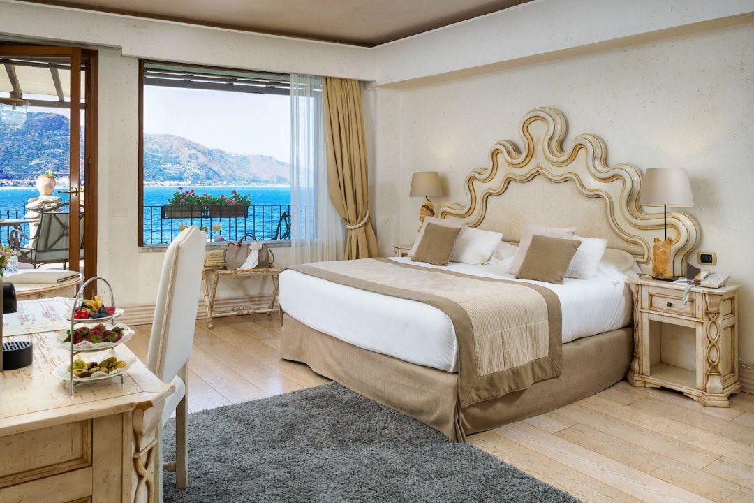 Taormina, il mare più bello. Le foto