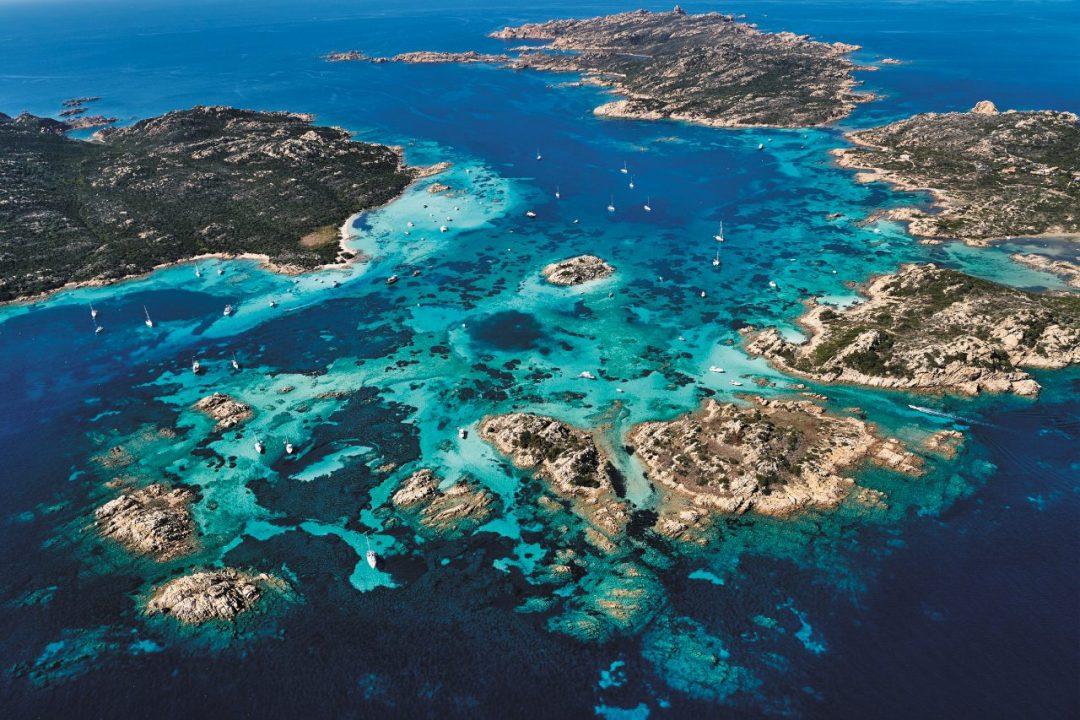 Itinerario in barca tra le isole della Maddalena