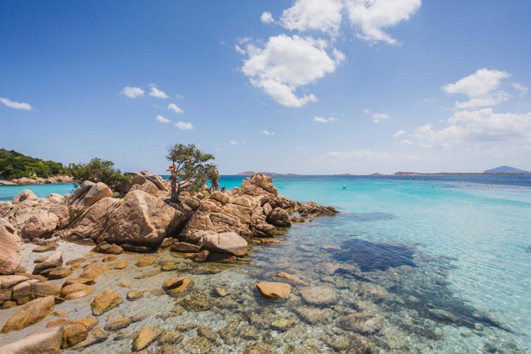 Spiagge Sardegna rosa e bianche: le più belle da Nord a Sud dell'isola