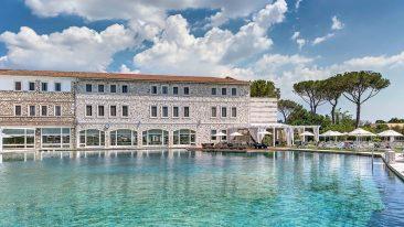 Il resort Terme di Saturnia, rinnovato, riapre il 3 settembre 2020