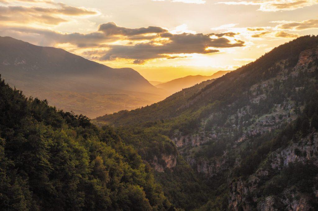 Panorami che si avvistano dalla Gola Dell'Ofernto