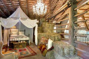 Vacanze country-chic: dove dormire e soggiornare in fienili e stalle