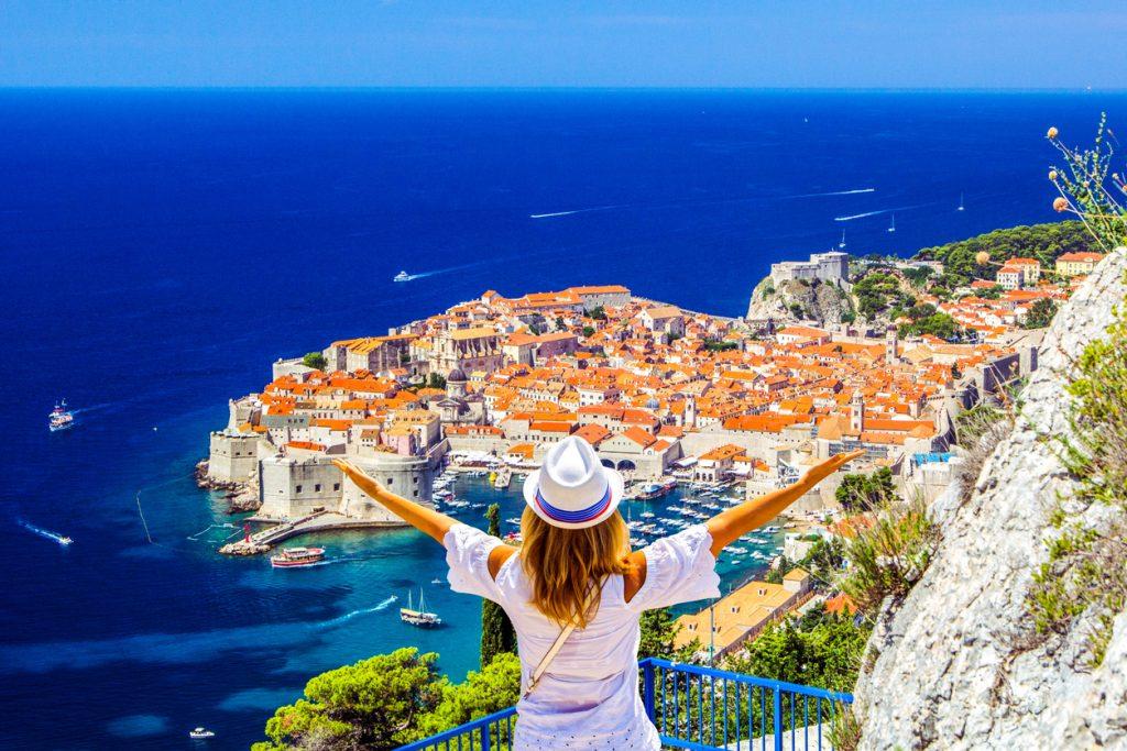 Obbligo di test tampone al rientro da Grecia Spagna Malta Croazia