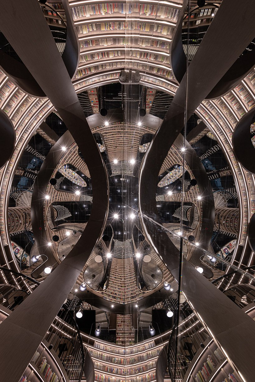 Cina: la mega-libreria sembra uscita da un'opera di Escher, ma esiste davvero