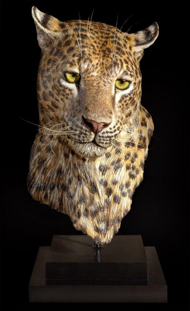 Leopardo di Marco Vitaloni scultore iperrealista