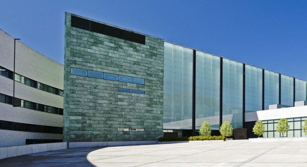 Il Kumu Art Museum a Tallinn è una delle location di Tenet (ph: kumu.ekm.ee)