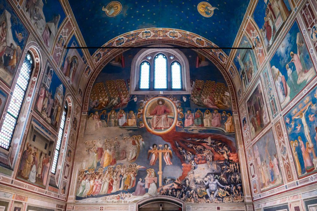 un dettaglio della Cappella degli Scrovegni, tappa imperdibile di un weekend a Padova (ph. istock)