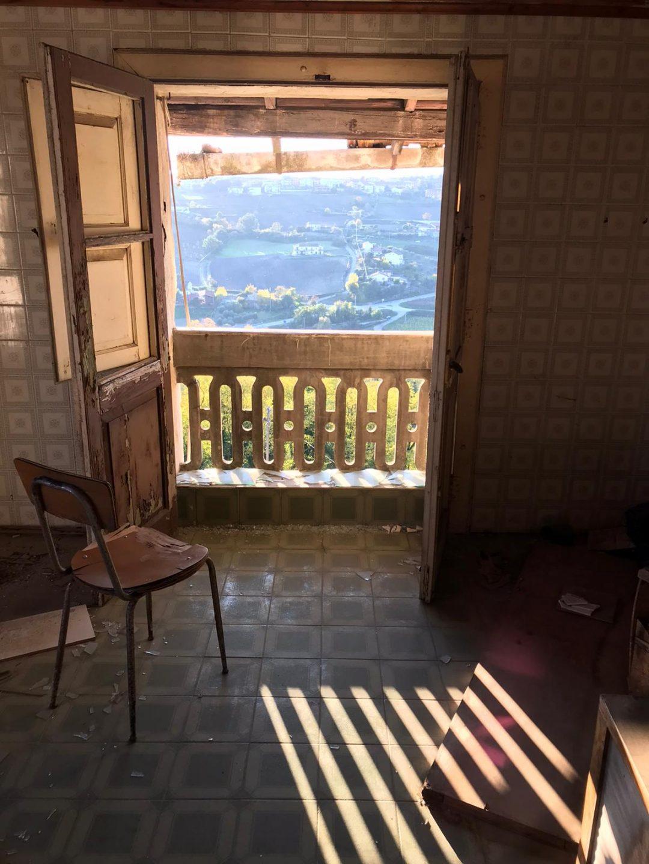 Nelle case di Apice, borgo fantasma 40 anni dopo il terremoto in Irpinia