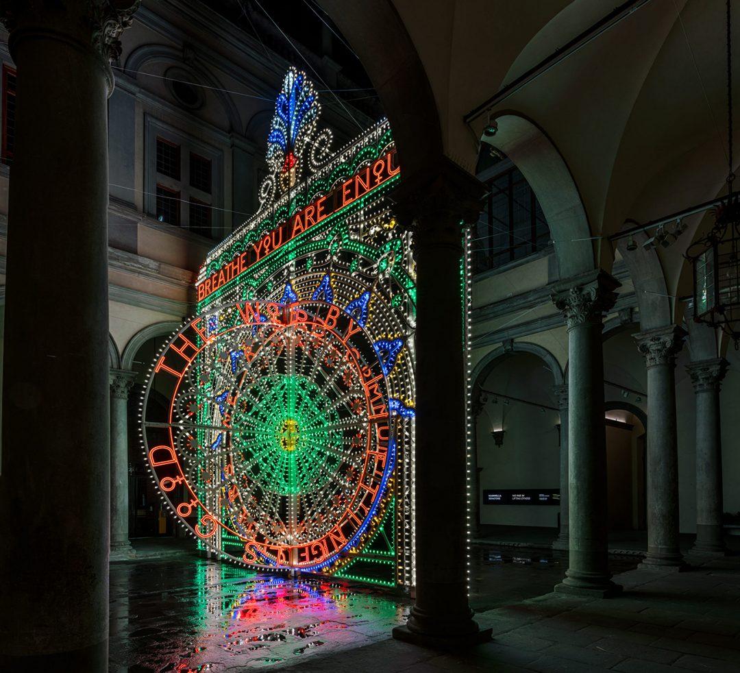 L'opera di Marinella Senatore a Palazzo Strozzi