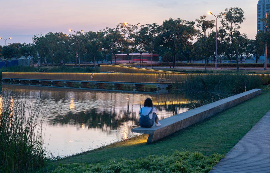 Green Shanghai: la pista dell'ex aeroporto è diventata un bellissimo giardino pubblico