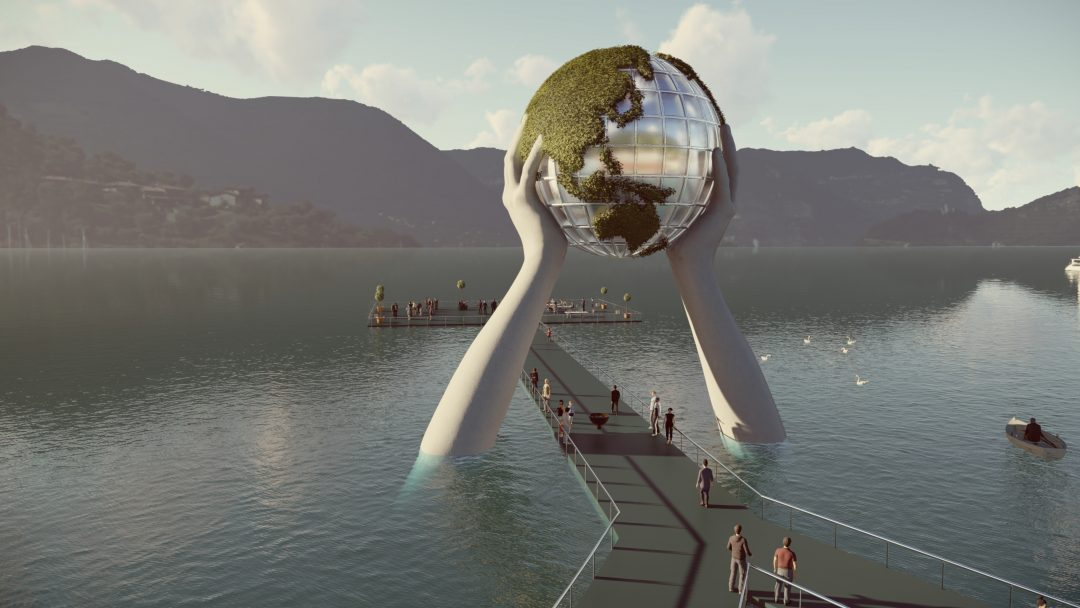 Tornano le mani di Lorenzo Quinn: una nuova installazione sul Lago d'Iseo