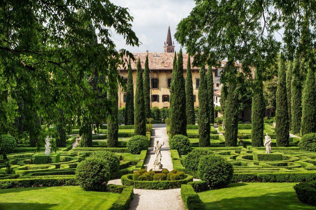 Patrimonio europeo: 12 gioielli a rischio. Dai monasteri alle isole