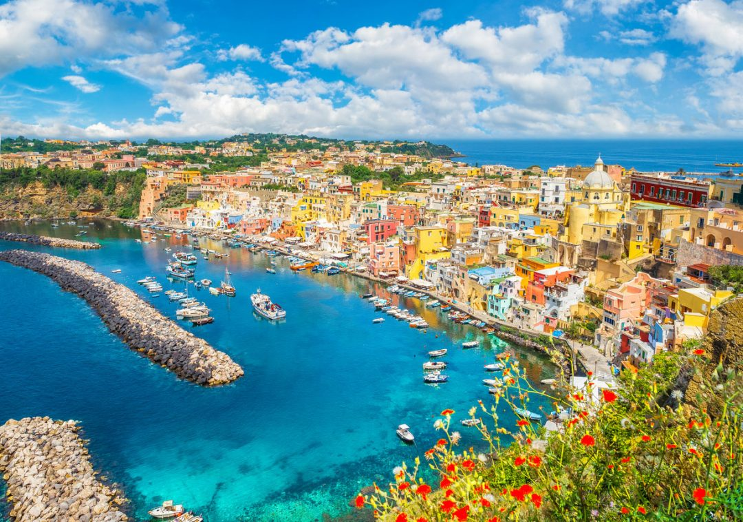 Procida sarà la Capitale italiana della Cultura 2022: perché ha vinto e quali erano le altre 9 finaliste