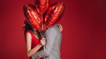 perché si festeggia san valentino, la festa degli innamorati? Vi raccontiamo storia e leggenda e curiosità su come si celebra l'amore nel mondo