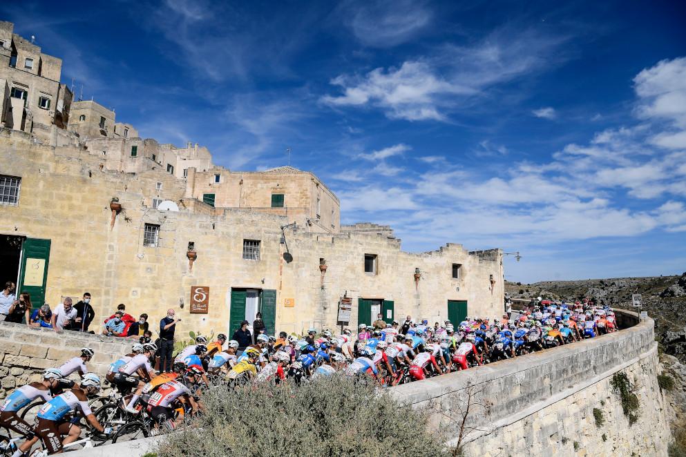 Giro d'Italia 2021: riflettori rosa sulla bellezza