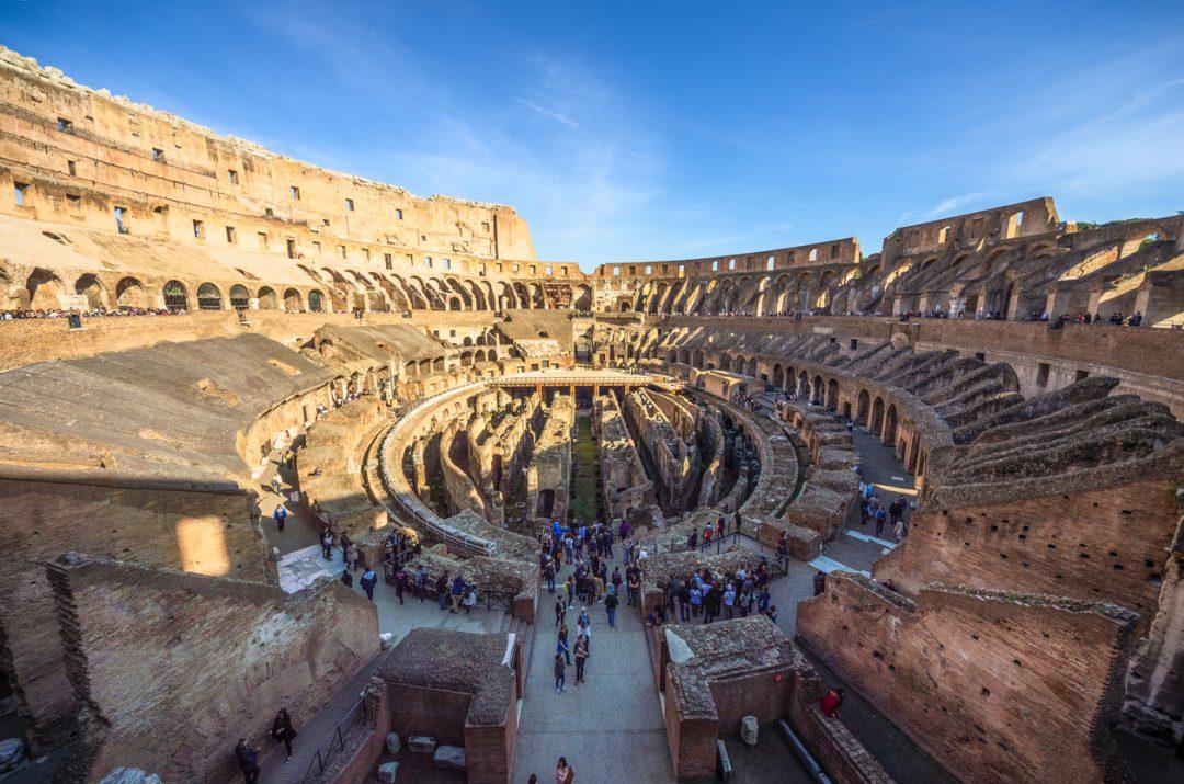 Colosseo tra gli anfiteatri romani più famosi
