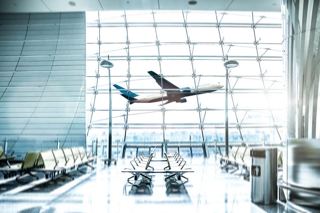 Viaggi all'estero: gli elenchi dei Paesi consentiti e le nuove regole
