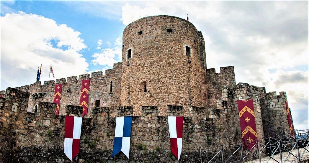 Castello di La Adrada, La Adrada, Castiglia e León