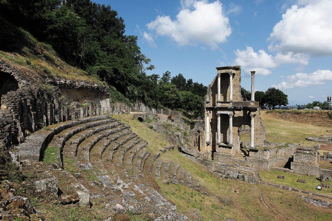 Il teatro e la cisterna