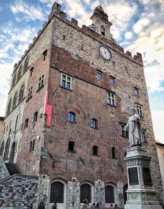 Weekend a Prato, la città più dolce d'Italia: tour delle pasticcerie