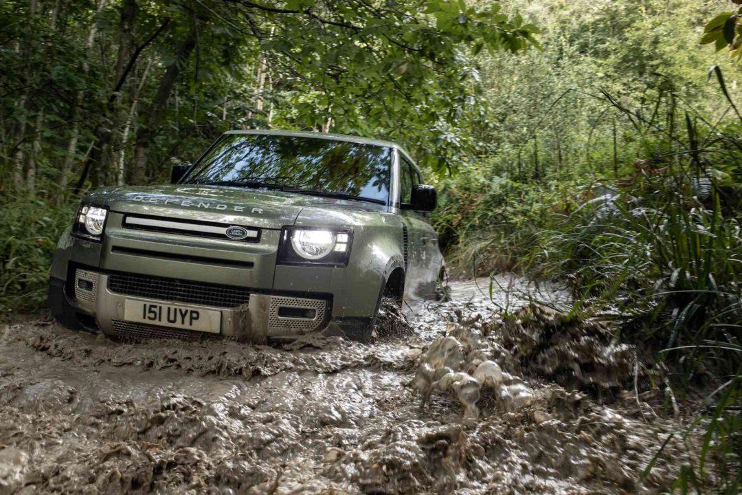 Land Rover Defender: la storia del modello