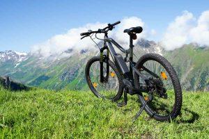 Bici elettriche: dalle e-mountain bike alle gravel, i migliori modelli del 2021