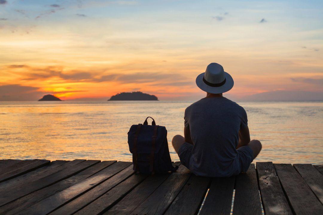 Viaggiare da soli: il decalogo per organizzarsi una vacanza in solitaria