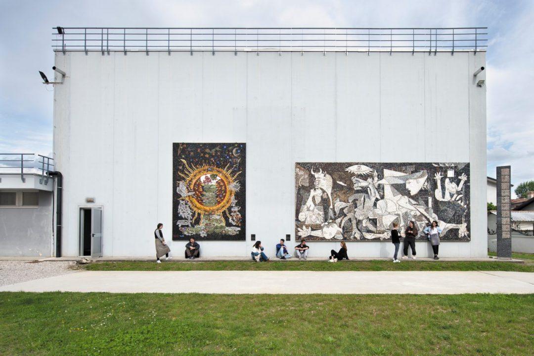 La Scuola dei mosaicisti unica al mondo