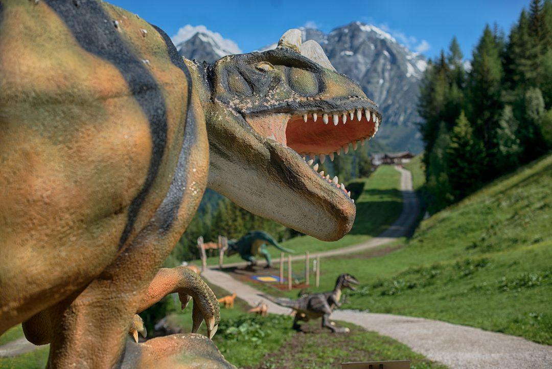 Divertirsi tra i dinosauri