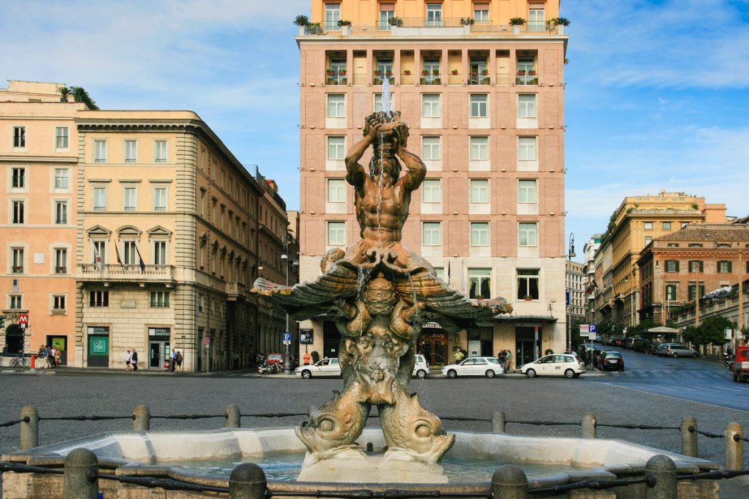 Fontana del Tritone Roma