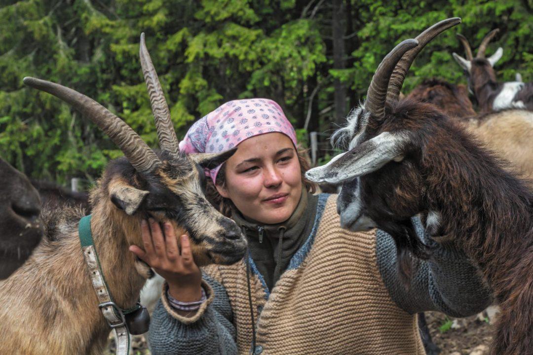 """Trentino, Valle dei Mòcheni: una vacanza per scoprire le """"signore della montagna"""""""