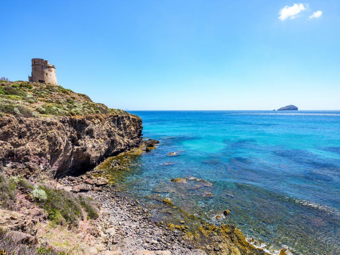 Pranzo open air all'insegna della multiculturalità (Isola di Sant'Antioco e San Pietro, Sardegna)