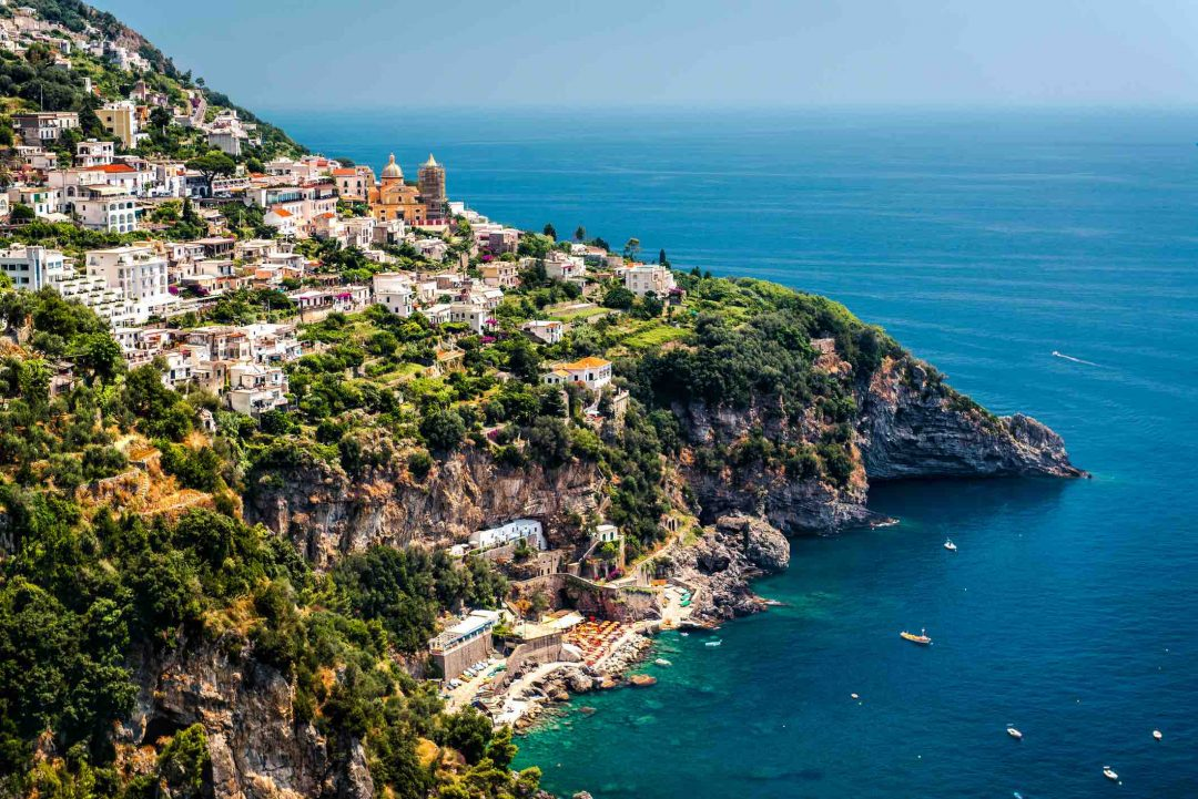 Praiano, Costiera Amalfitana: la spiaggia, cosa vedere e cosa fare