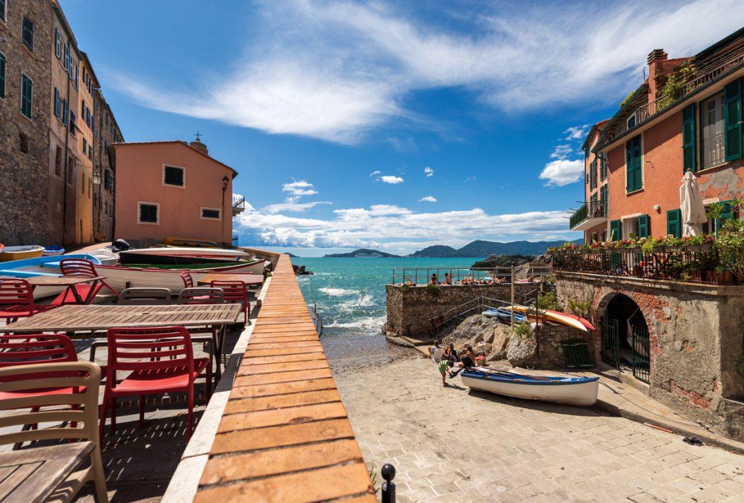Tra Lerici e Ameglia (La Spezia, Liguria)