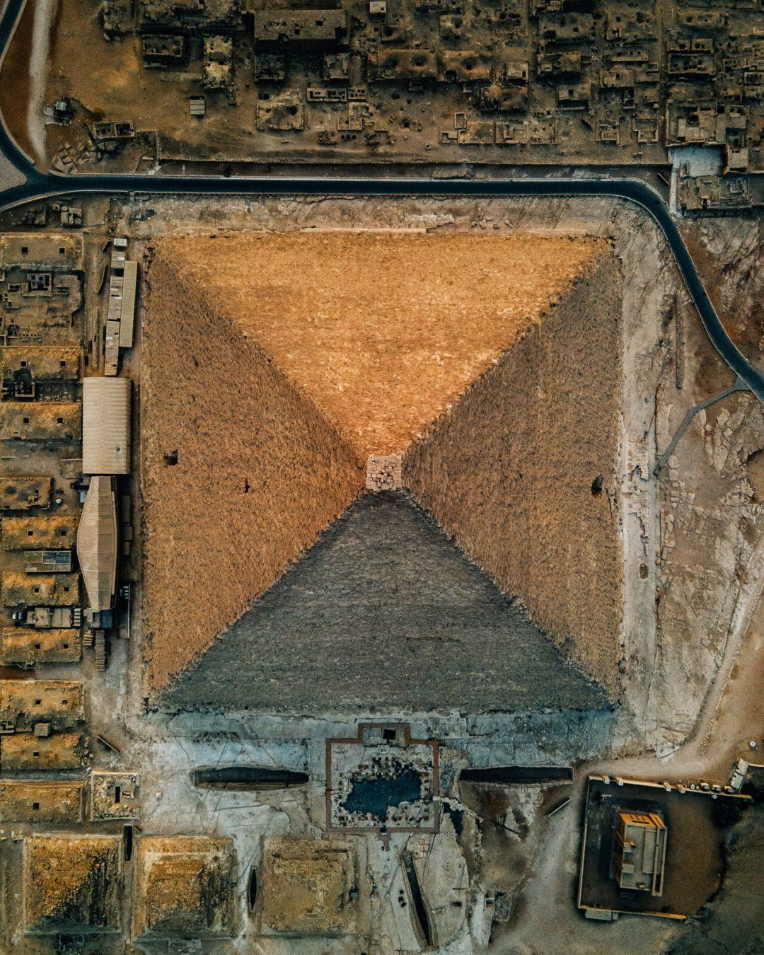 La Piramide di Cheope: una delle sette meraviglie del mondo antico