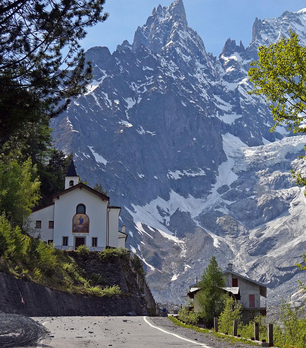 Santuario di Notre-Dame de la Guérison (Courmayeur, Aosta)