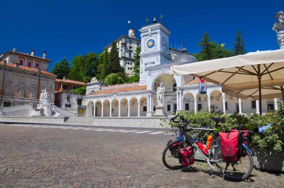 Lungo la ciclovia Alpe Adria