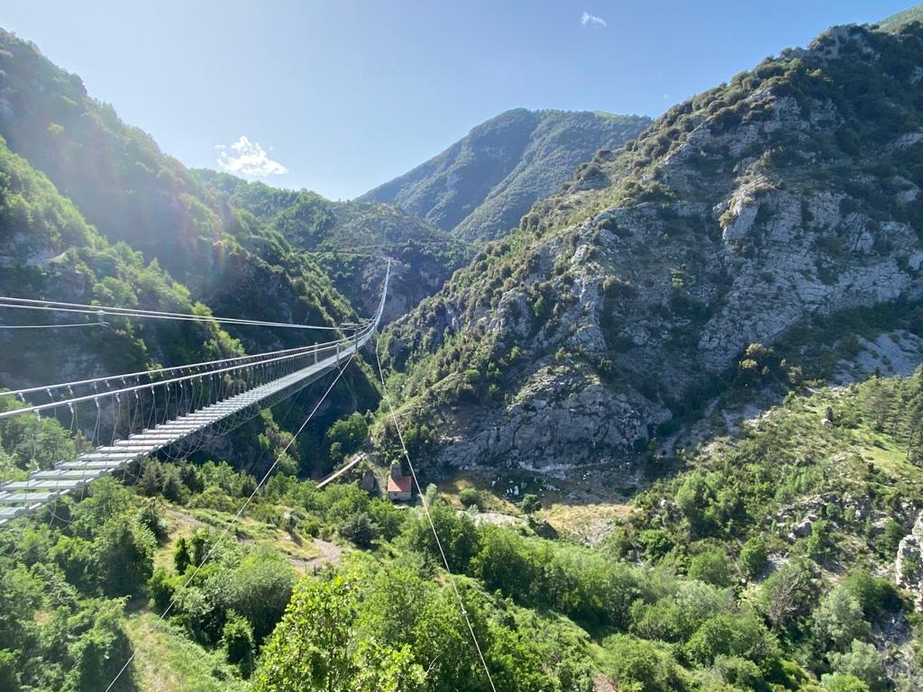 ponte tibetano più lungo del mondo è a Castelsaraceno in Basilicata