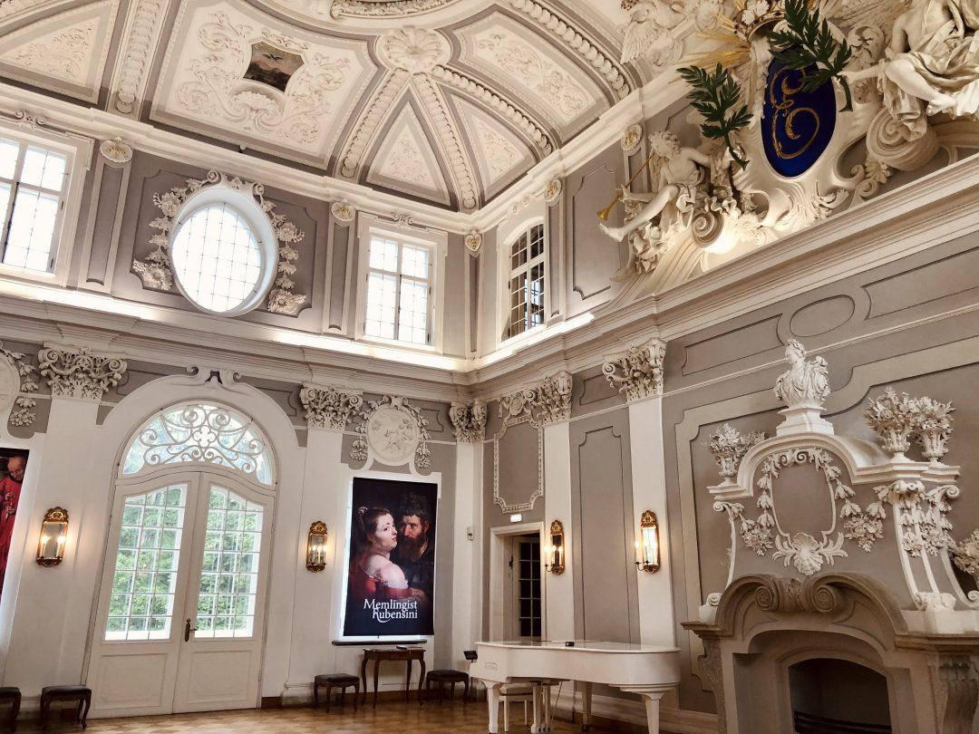 Il cuore del Kadriorg a Tallin: la Grande Sala