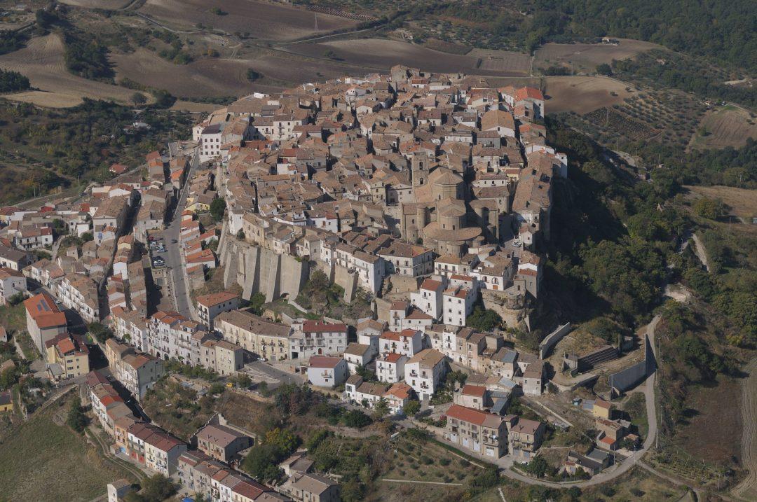 Il bastone prodigioso del vescovo Canio (Acerenza, Potenza)