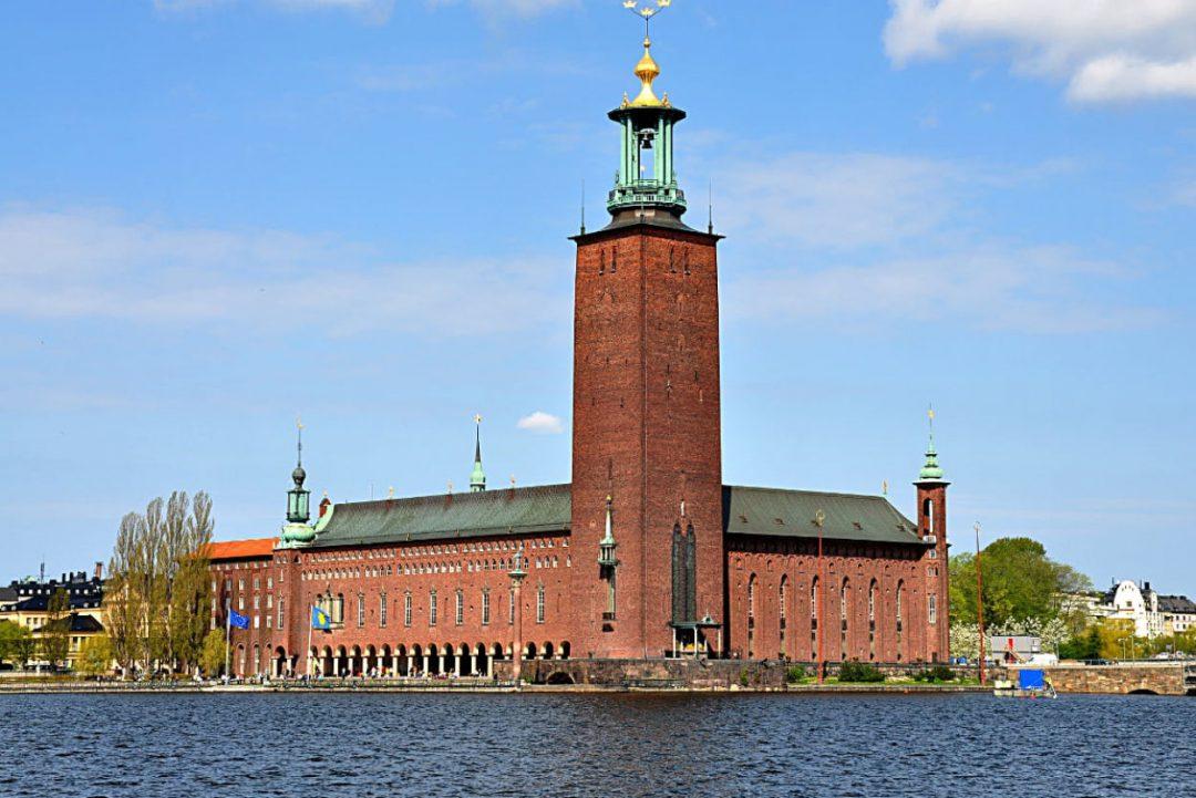 Il mastodontico municipio di Stoccolma