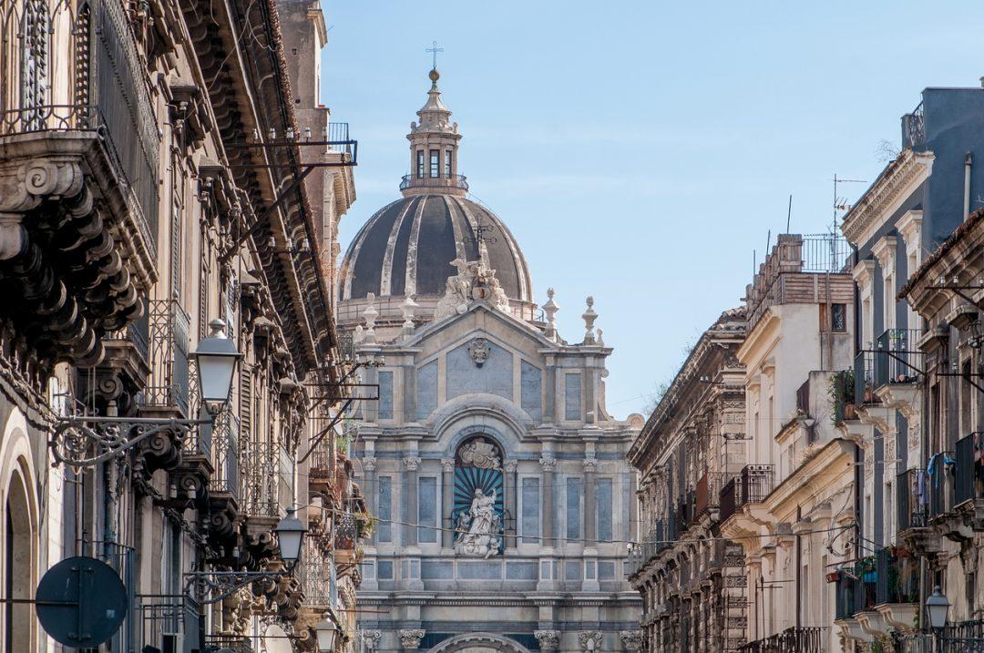 Sulle tracce di Sant'Agata (Catania)
