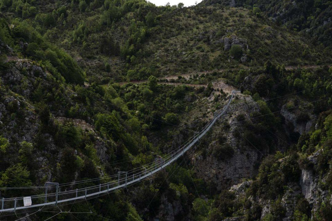 È in Basilicata il ponte tibetano più lungo del mondo. Ecco le immagini (e i numeri da record)